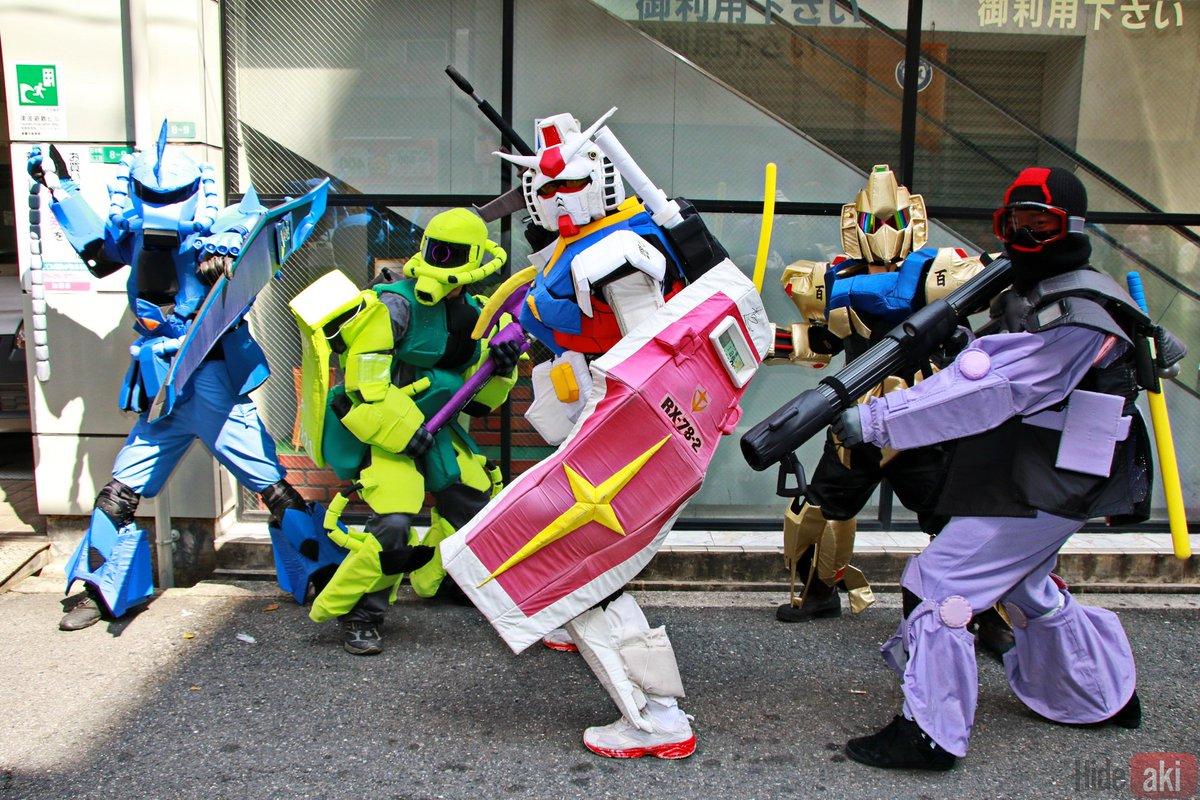 Retweeted Hideaki (@hideaki_1968):  生ガンダムさん達はとてもやわらかそうでお子様でも安心です!? #ストフェス https://t.co/KhRdbEVaOb https://t.co/usjJsATmyD