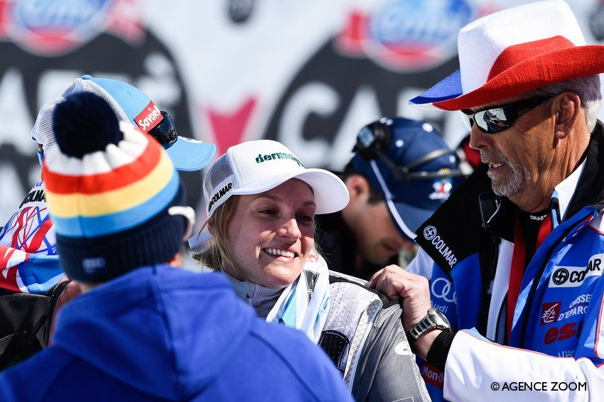 Le topic du ski et des sports d'hiver saison 2015-2016 V2 - Page 15 Cd_ys1rWIAALJ_k