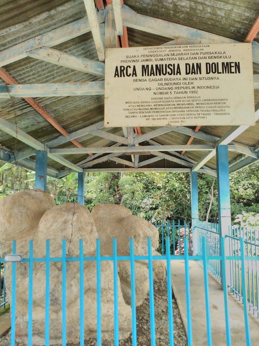 Mengunjungi salah satu Situs megalitikum d Pagaralam,hampir 100 situs megalitikum ada di Pagaralam #pesonasriwijaya https://t.co/0uAlMav03N