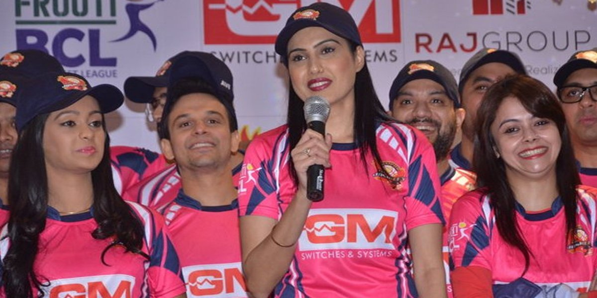 Kamya Punjabi, Mugdha Chapekar, Ravish Desai, Devoleena Bhattacharjee, Jaipur Raj Joshiley BCL Team, Box Cricket League 2, BCL 2, BCL 2016
