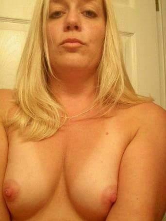 Nude Selfie 4078