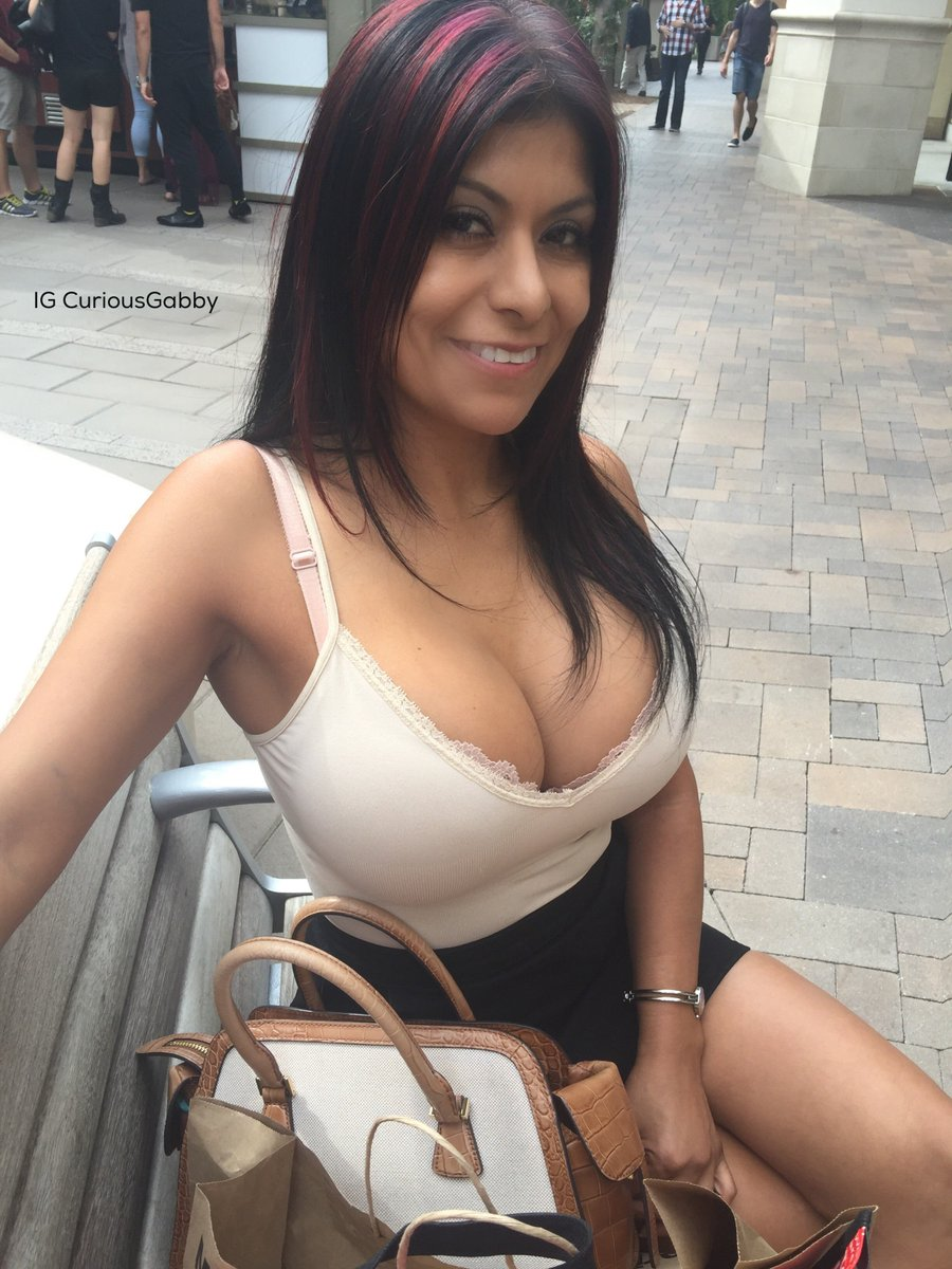 Toni Tanti On Twitter Gabbyquinteros Wow You Look Amazing What A Beautiful Outfit