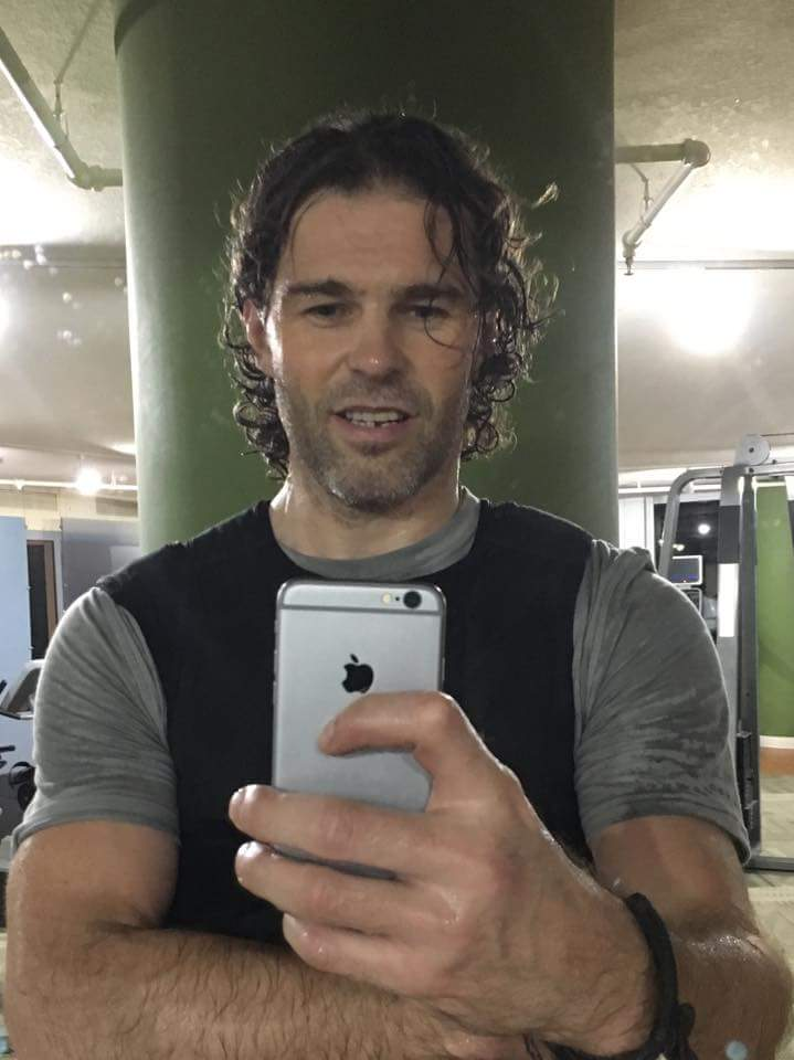 Jaromir Jagr posted on Facebook in middle of the night. He was at the gym. Wearing two weight vests. After a game. https://t.co/h5RIIhUygK