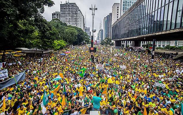 Protesto em SP é o maior ato já registrado na cidade, superando as Diretas Já; leia mais: https://t.co/lefoZIwCFN