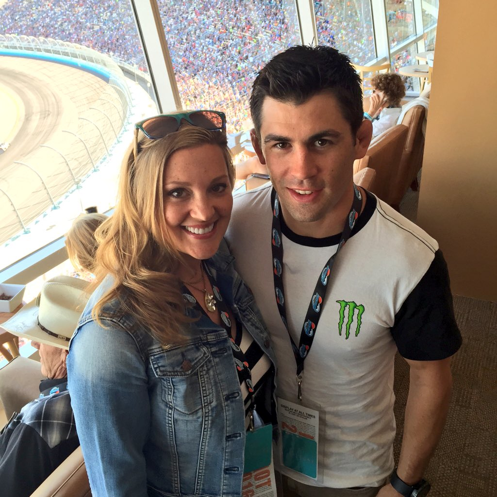 Great meeting #UFC's @TheDomin8r at #GoodSam500! Best of luck in June! #NASCAR #PIR https://t.co/Xl8rXADhJJ