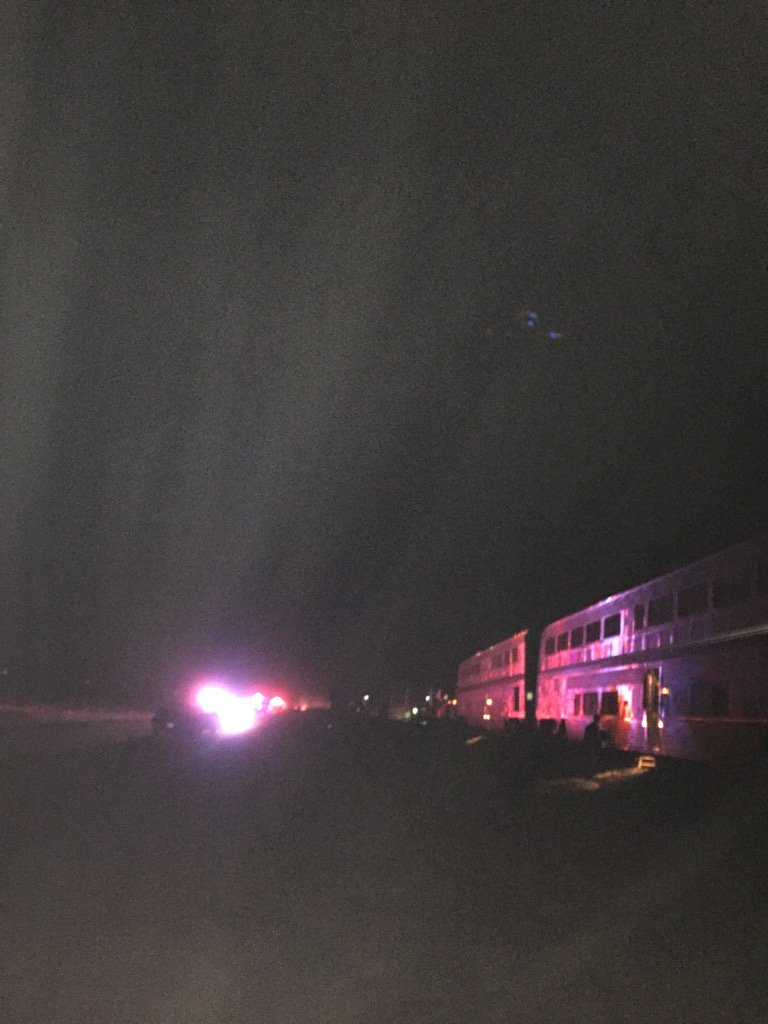 Southwest Chief details east of Garden City Kansas. Several cars off the tracks. Some passengers evacuated. https://t.co/zDCRnVdiqq