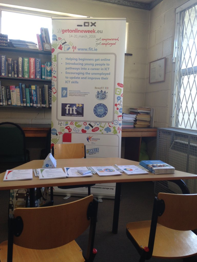 @WicklowLibrary starting our #GOW16 campaign, promoting #skillage #yourock #ictap #kwetb courses https://t.co/dmV280EDnr