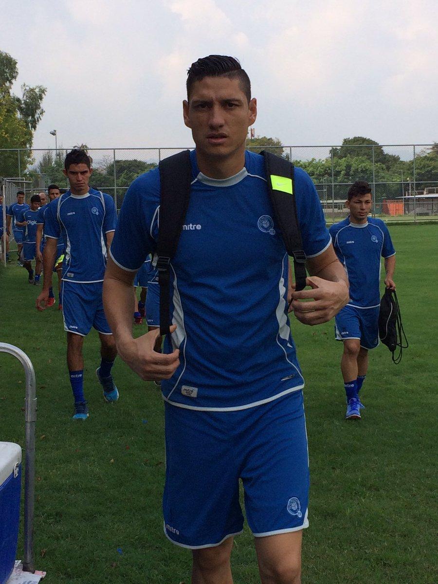 Rusia 2018: La seleccion se prerapara para el juego contra Honduras en San Salvador. CdhQSg4UUAAg0V4