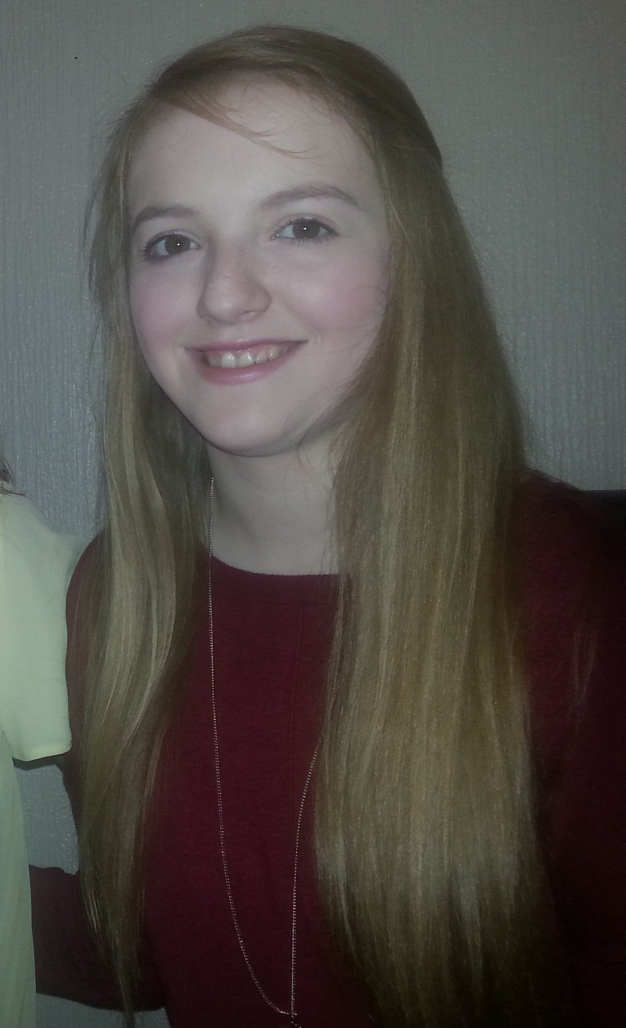 RT @RadioClydeNews: MISSING: 18 y/o Sarah Goldie from Renfrew last seen on Friday. Her bag was found near the River Clyde in Glasgow https:…