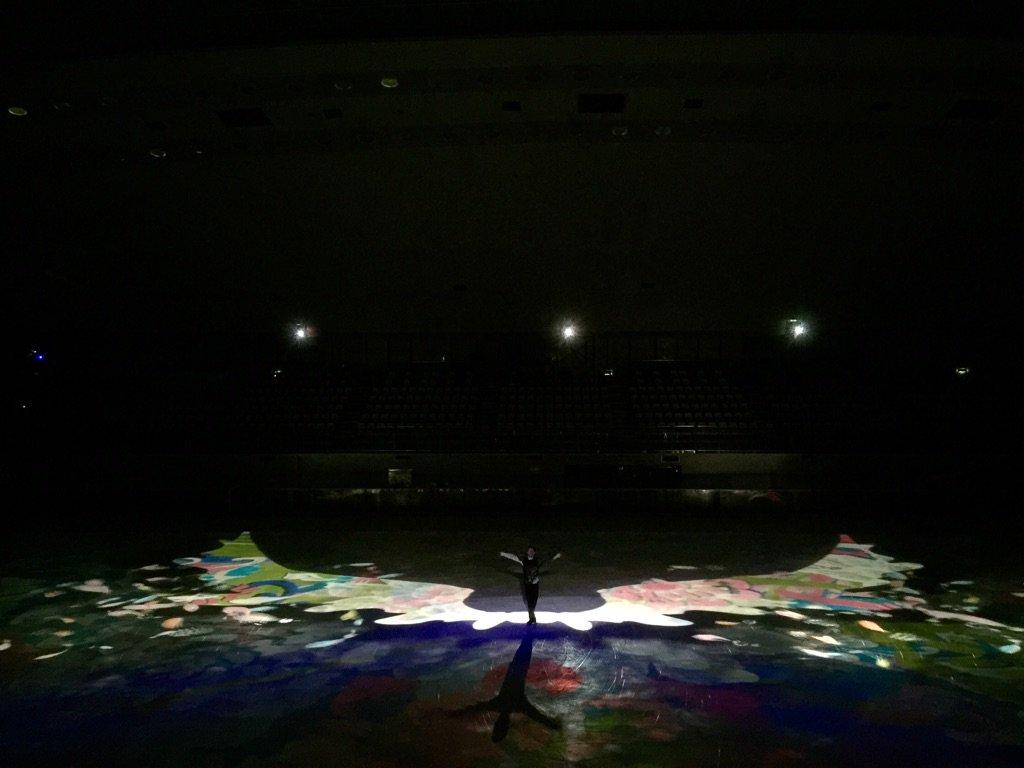 極限アーティスト、高橋大輔さん×プロジェクションマッピング×神田さおり絵コラボレーション 放送を見届けて ほっ。。。。 美しい作品をみんなで創り上げる事ができて 幸せです。。。ありがとうございました https://t.co/DuZA6qqtS2