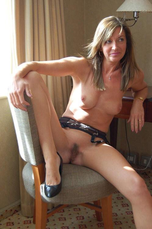 nude milf self selfie Cougar shot