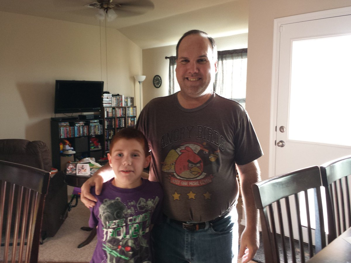 My son & I are @AngryBirds buddies today! https://t.co/vAsUQEN15g