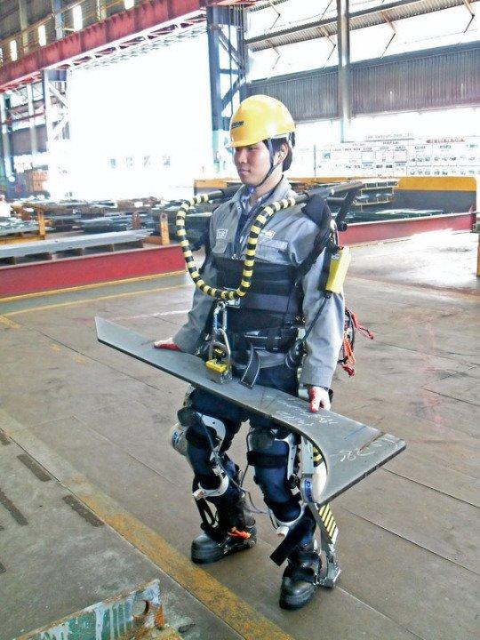 大宇造船、造船現場でのパワードスーツの使用を開始  https://t.co/OjBWHMCmJz https://t.co/KNuj7txYdz