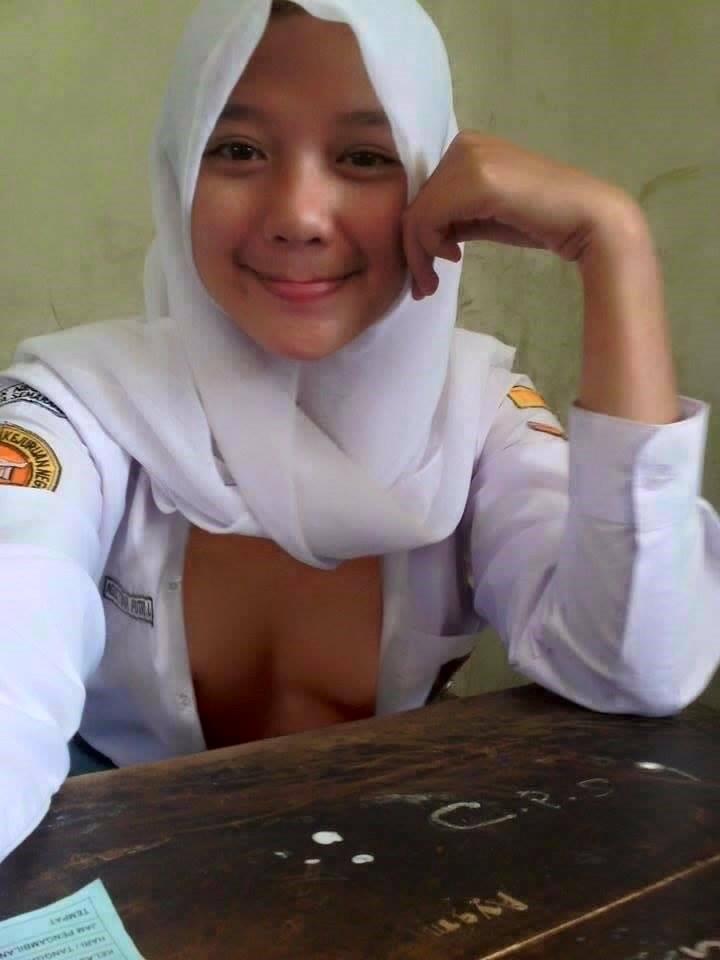 Indonesian malay honeymoon sex tape tanpa judul l7 - 2 3