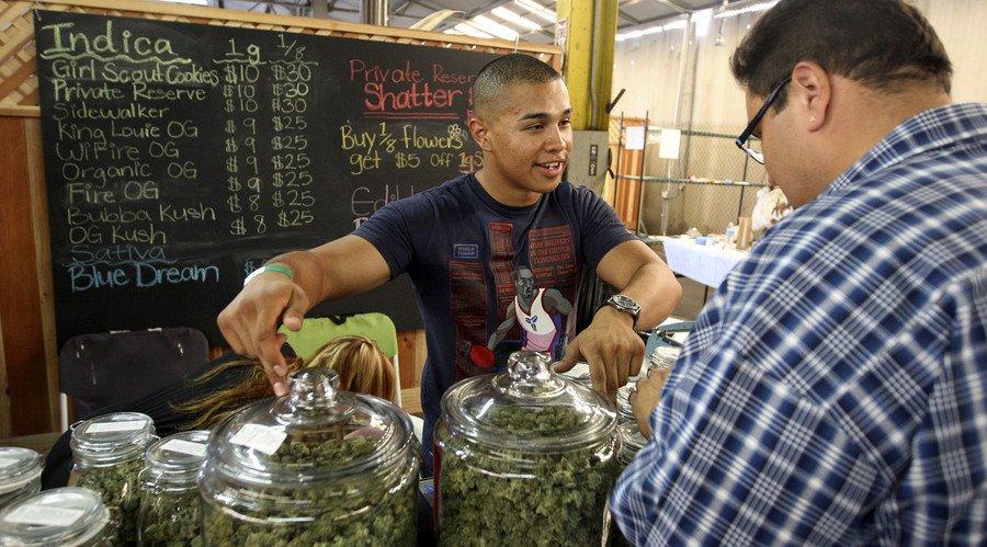 Vets get free marijuana in Colorado Springs to fight pain & PTSD