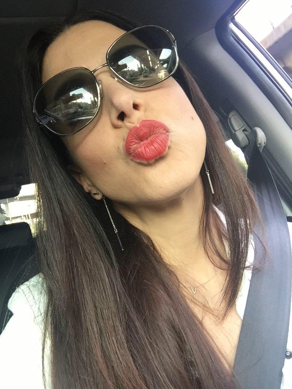 """La Actriz Mexicana >> Verónica Toussaint on Twitter: """"Contenta me tienen!!! Gracias por sus felicitaciones!!! https ..."""