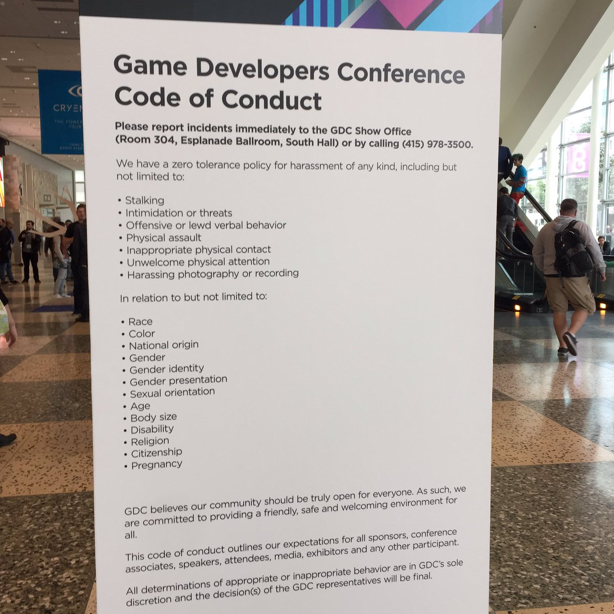 """Dear whoever told a person I know that she should """"give up her place in line so a real developer can get a seat"""": https://t.co/NcBuQnFokp"""