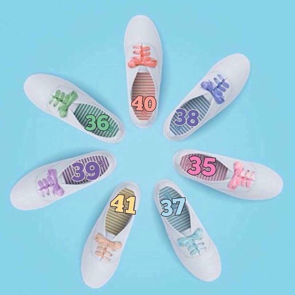 เชือกซื้อเพิ่มได้สีละ 30 บาท ไซส์รองเท้าก็ตามนี้ สีละไซส์เท่านั้น รองเท้ามีเชือกขาวให้อยู่แล้ว ล็อทแรกแถมเชือกสีให้ https://t.co/2Zz2fPpxsU