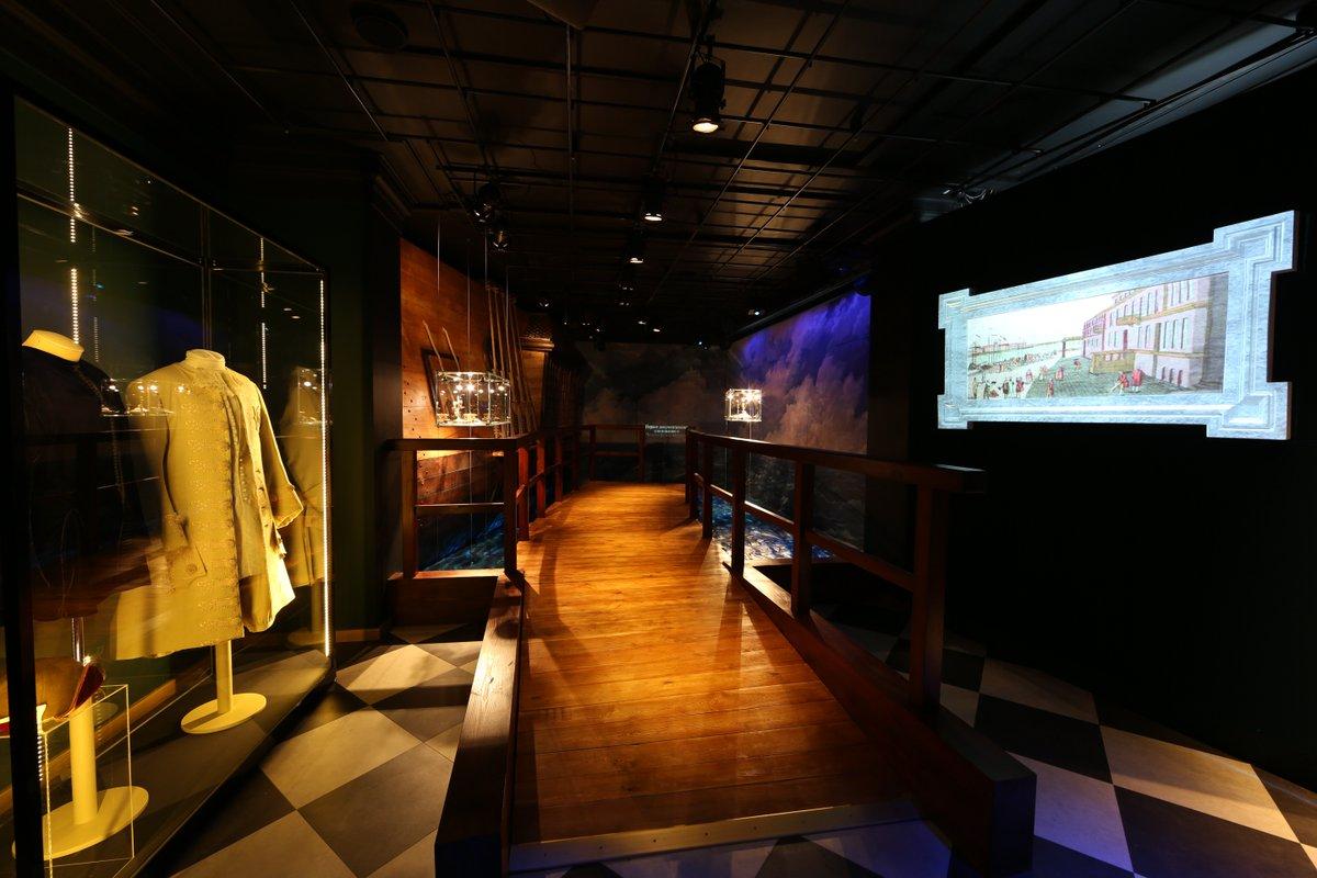 """Историко-культурный проект """"Государевы потехи"""" в @p_e_t_e_r_h_o_f открылся в августе 2014 г. #музейныймарафон https://t.co/D0OD4G4prk"""