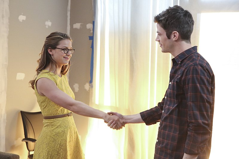 """#Supergirl & #TheFlash Crossover OFFICIAL PHOTOS: """"Worlds Finest!"""" #SupergirlXTheFlash https://t.co/4yCUsYLFpO https://t.co/vPDGIFWyaU"""