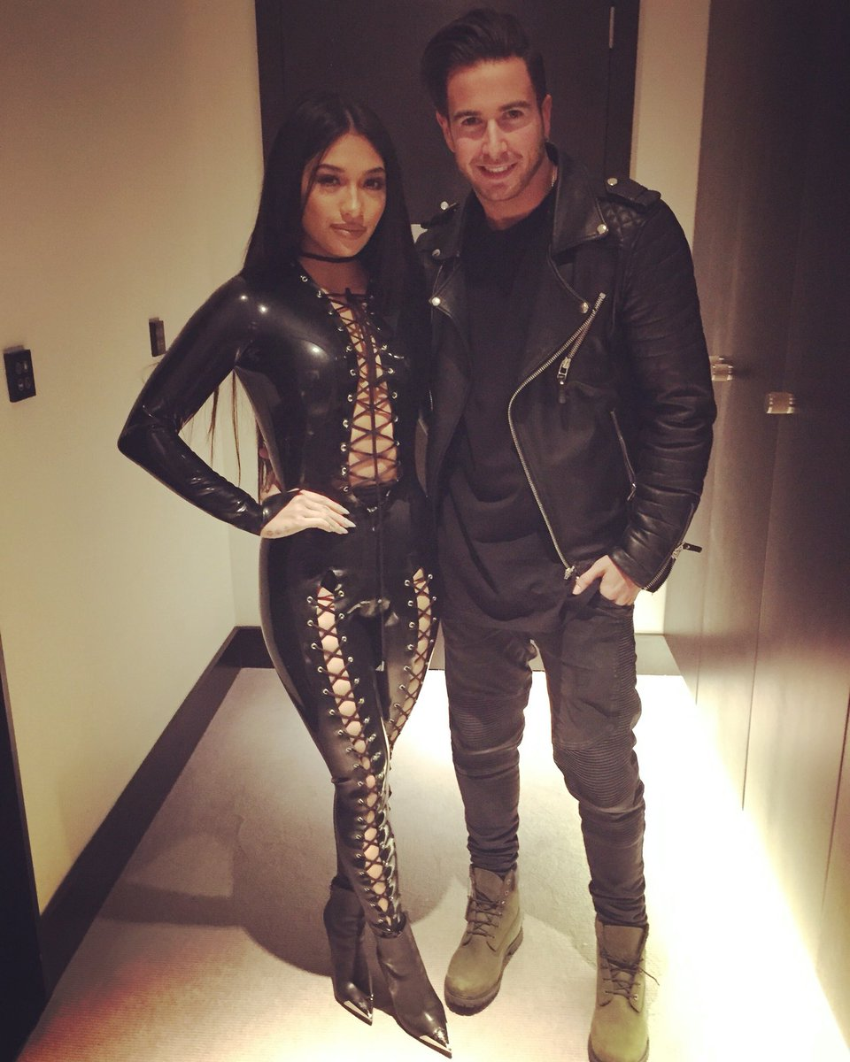 """Vanessa White >> EP """"Chapter One"""" CdtTQCoW8AA17pg"""