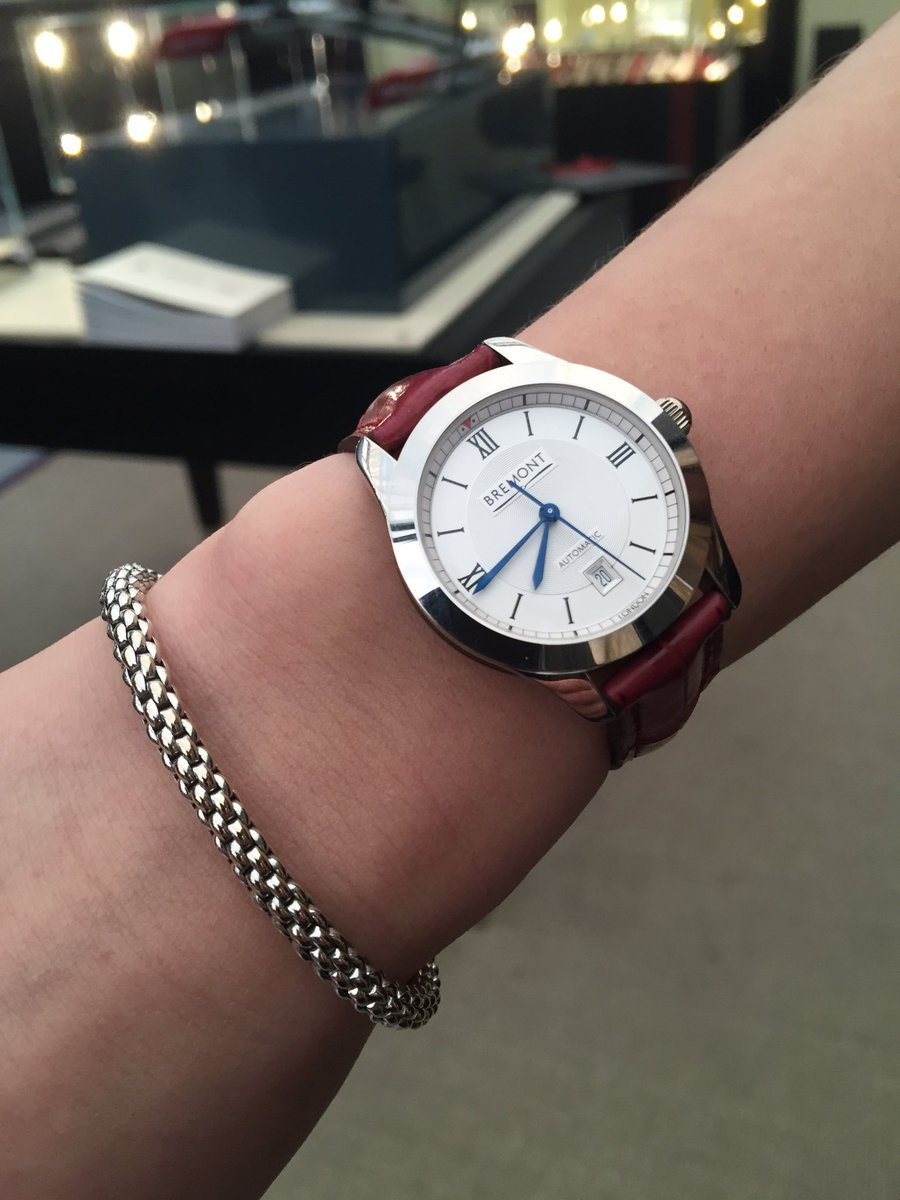 Very pleased to have been able to launch the Solo32 ladies range. Automatic COSC @bremont https://t.co/oRrNZlsYLr