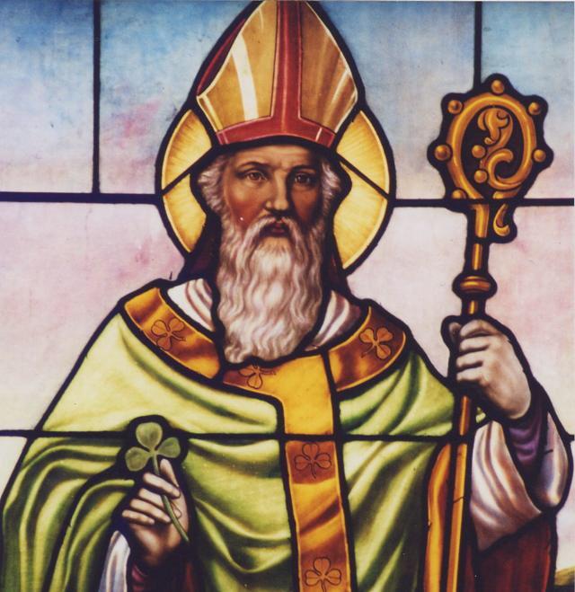 TDIH (3/17) 461-Saint Patrick, a Irish Christian missionary, dies. #OTFalcons https://t.co/VIjq4gvh1O