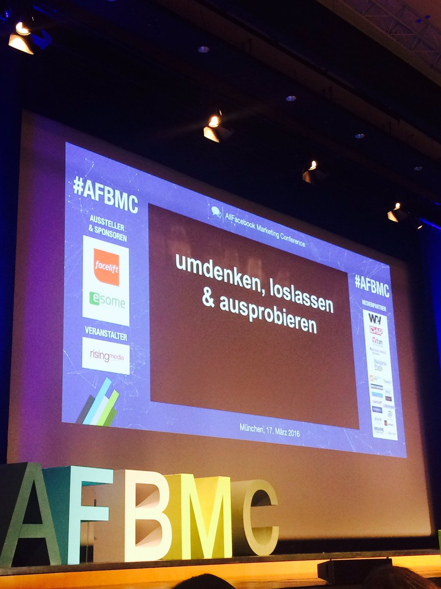 RT @frau_fuxx: Das unterscheidet Social Media von PR, Marketing, Corporate Communication und anderem. #afbmc https://t.co/tzYLUbtxvO
