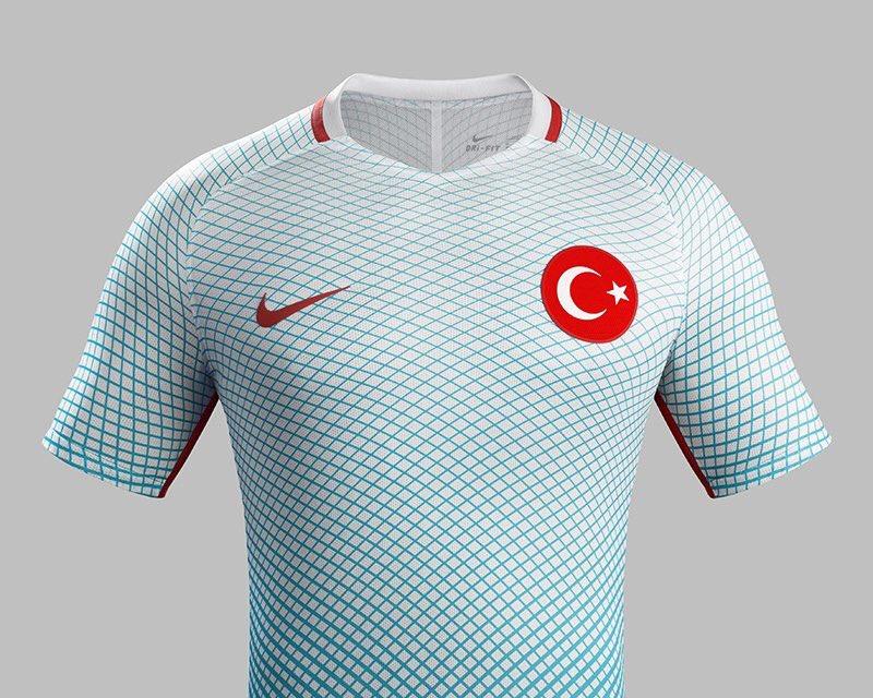 TURQUIE : Economie, politique, diplomatie... - Page 39 CdvmyGLXIAArXif