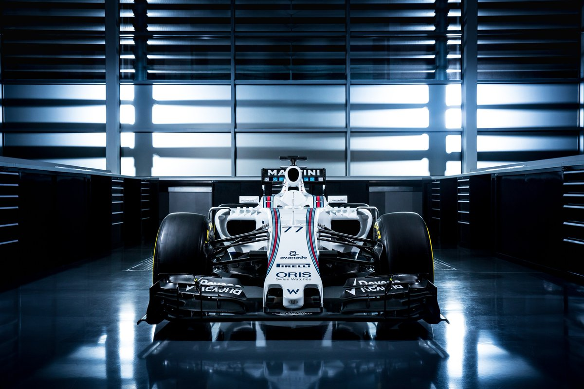 Crikey, the racing's back already. Best of luck to @WilliamsRacing and the new #FW38: https://t.co/b1TiX8X8CY