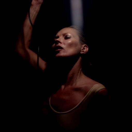 Kate Moss nel video dei Massive Attack