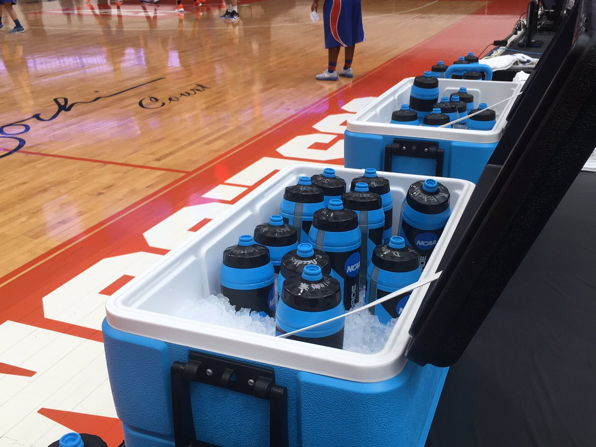 Florida is drinking Gatorade out of Powerade bottles, so the NCAA doesn't get mad