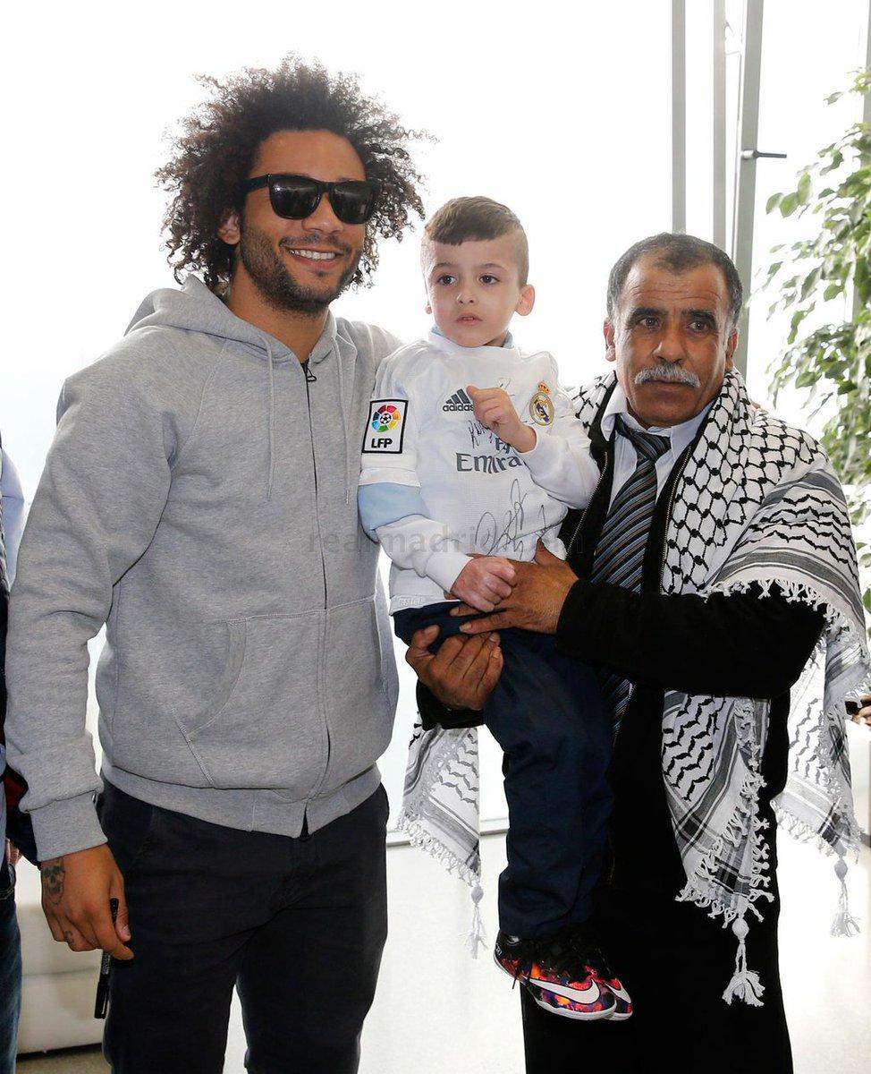 Cristiano Ronaldo met 5 year old Palestinian orphan Ahmed Dawabsha (Video)