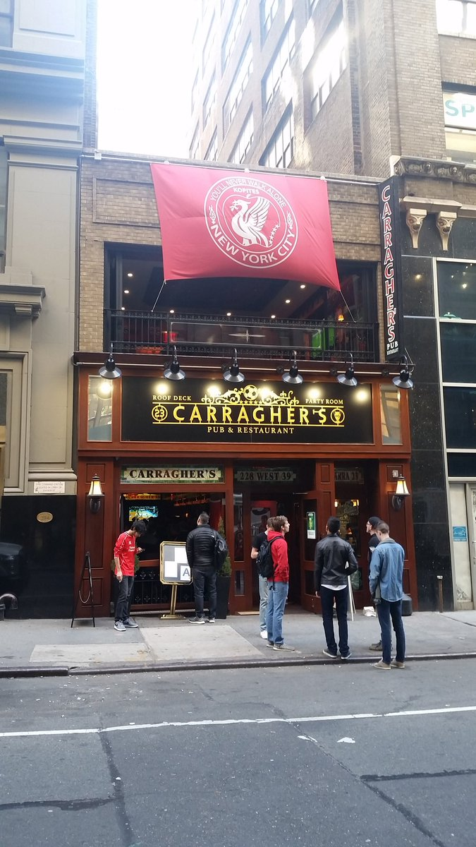 Meanwhile at @CarrasNYC the most loyal avid of fans watch their team end van Gaal's fever dream of moving on https://t.co/o2AaMDROEA