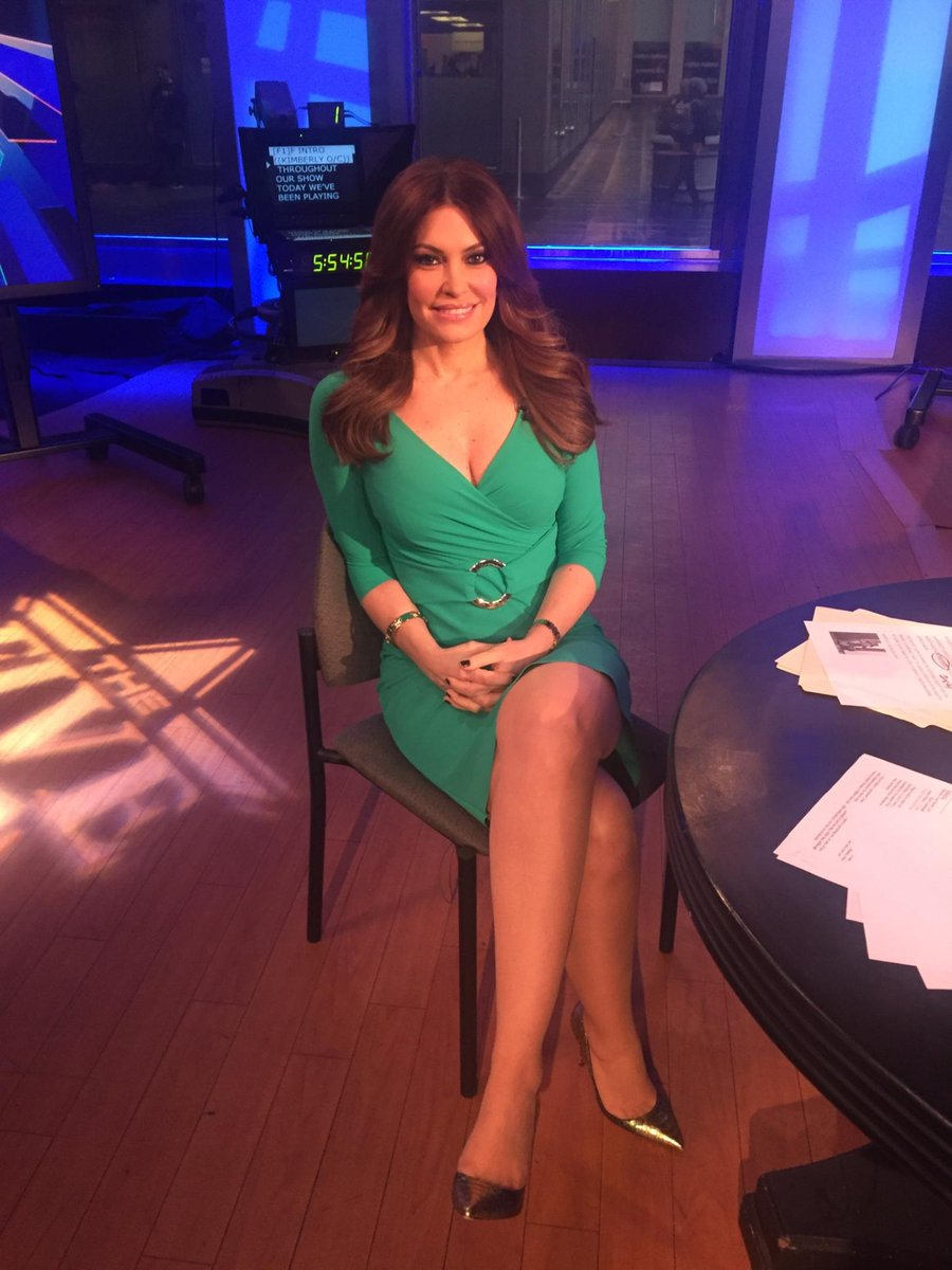 Kimberly Guilfoyle On Twitter Wearing Green Happy Stpatricksday Everyone Https T Co Rfggvb46h0 Https T Co D2pjnocdwr
