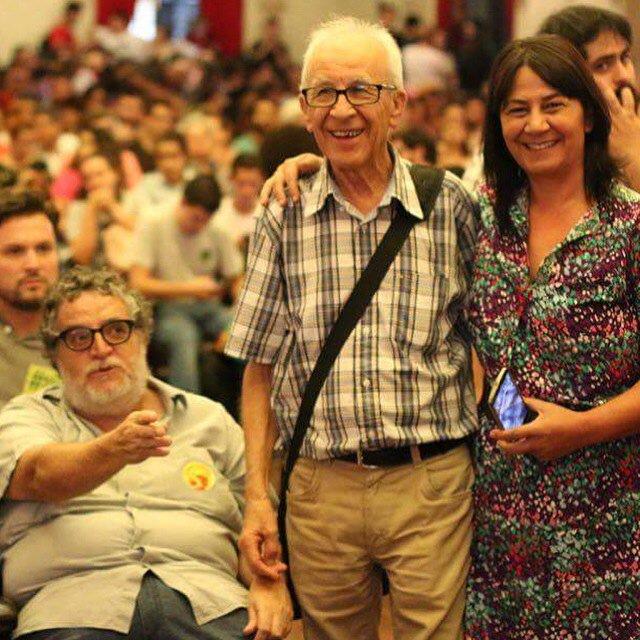 Seu Niva,meu pai,no Ato no Lgo SãoFrancisco.Foi torturado na ditadura,ñ vacila na defesa da legalidade