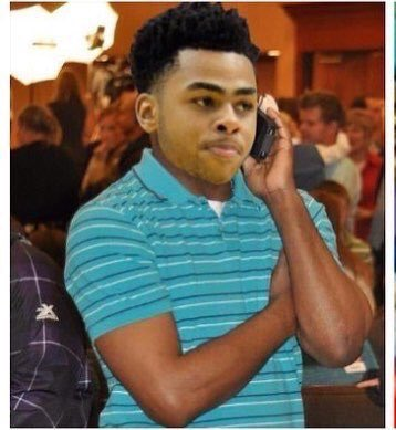 When D'angelo Russell see you filling up the water cup with soda https://t.co/vlSL9Hu0RT