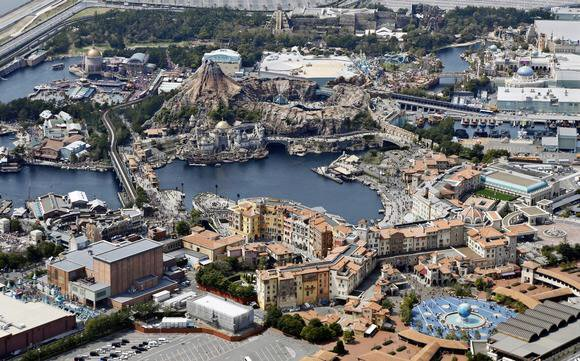 In a battle for fans, #TokyoDisneySea to counter rival #USJ with 'The year of wishes' @NAR  https://t.co/zhmKUCOwdz
