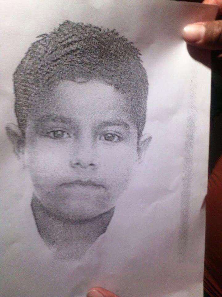 Se busca a Jonathan Cruz Arellano de 11 años de Cintalapa #Chiapas quien salió a vender comida Informes: 9681006727 https://t.co/ve0235Es7Q