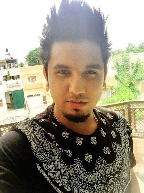 Most Emerging Punjabi Singers AKay Dashing Pics 24indianews Singer Kay Pictwitter DA8Q5vaza9