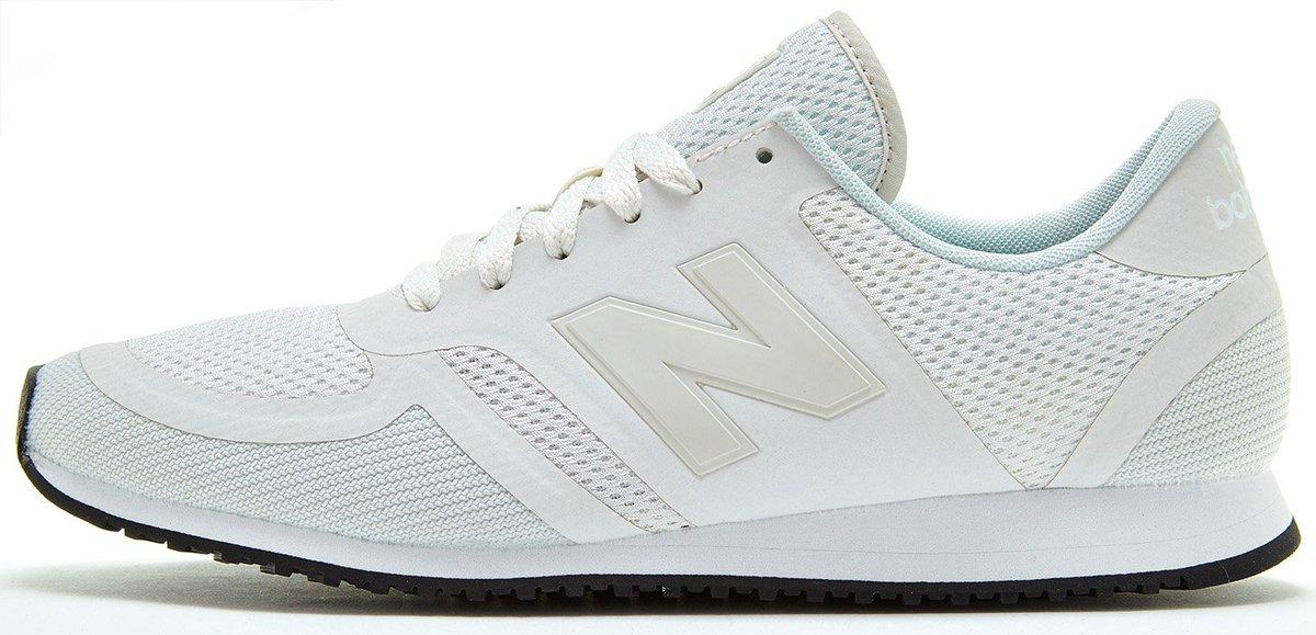 white new balance 420