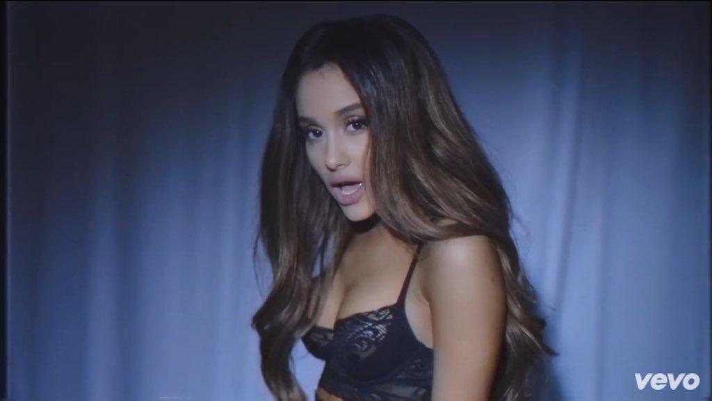 Ariana Grande On Twitter Https T Co Ehic1wevpu Dangerous