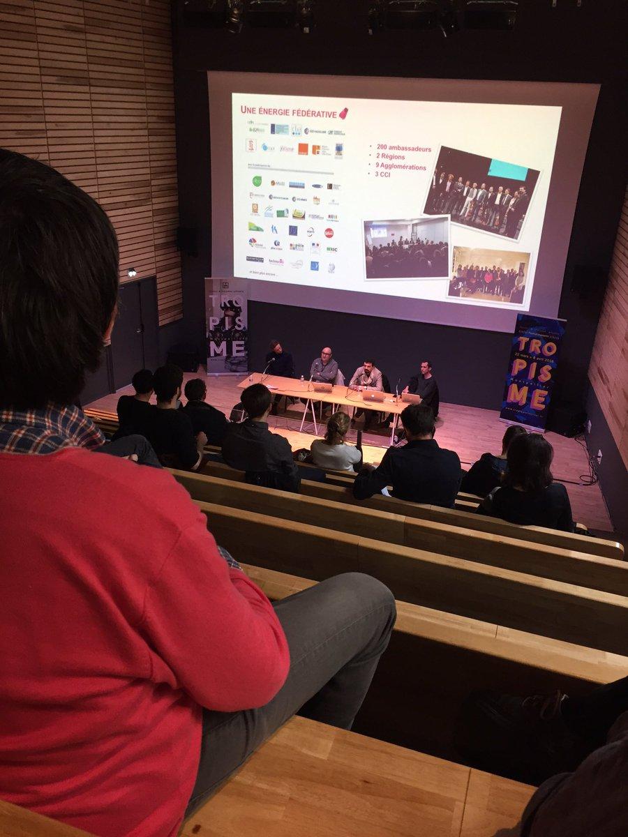 Ça tchatche technologie française culturelle d'Avignon @tropismefest ... #frenchtech #Montpellier https://t.co/XLELnjgg9L