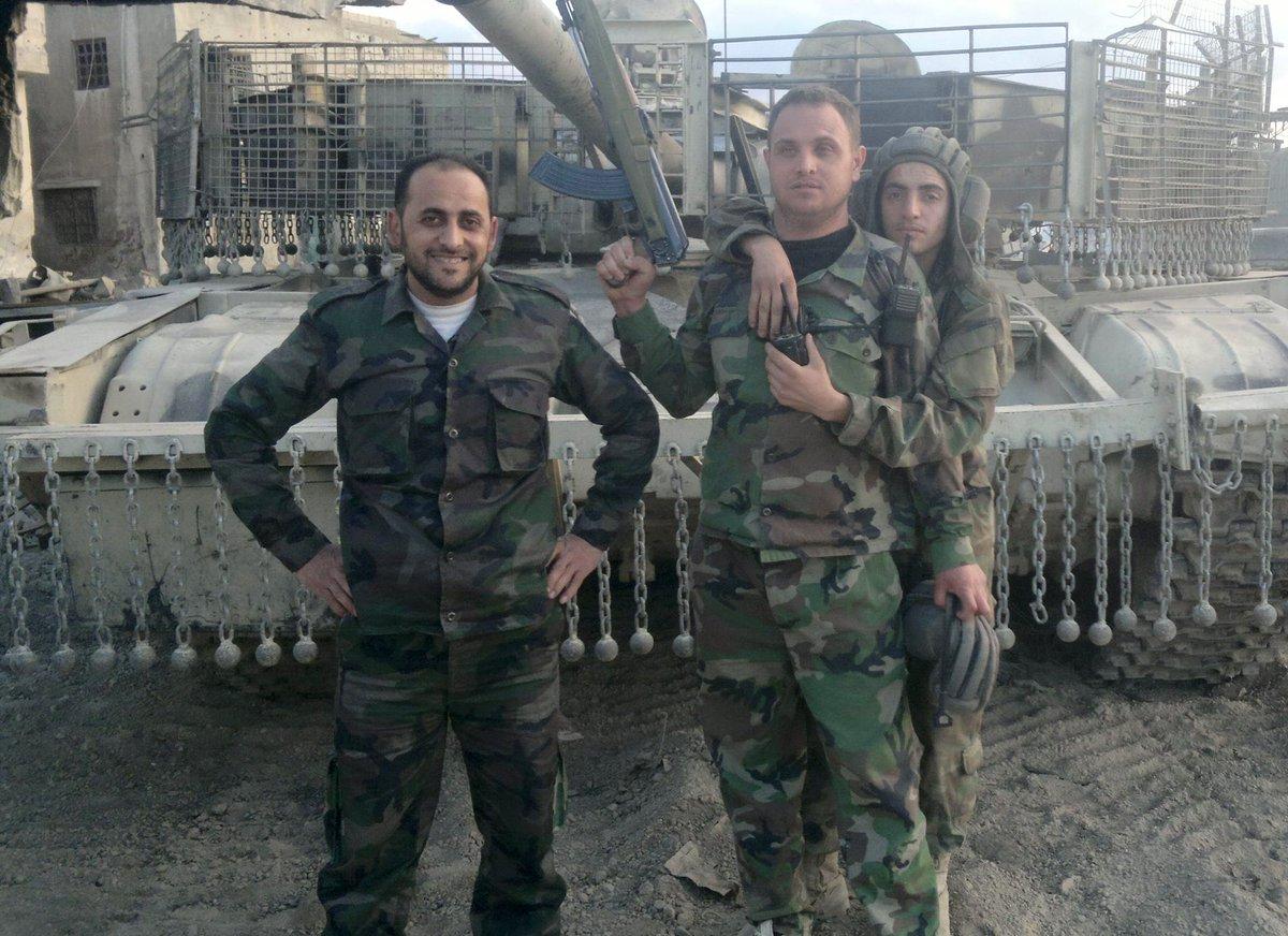 الوحش الفولاذي لدى قوات الجيش السوري .......الدبابه T-72  - صفحة 2 Ce5LBFwXEAALMYl