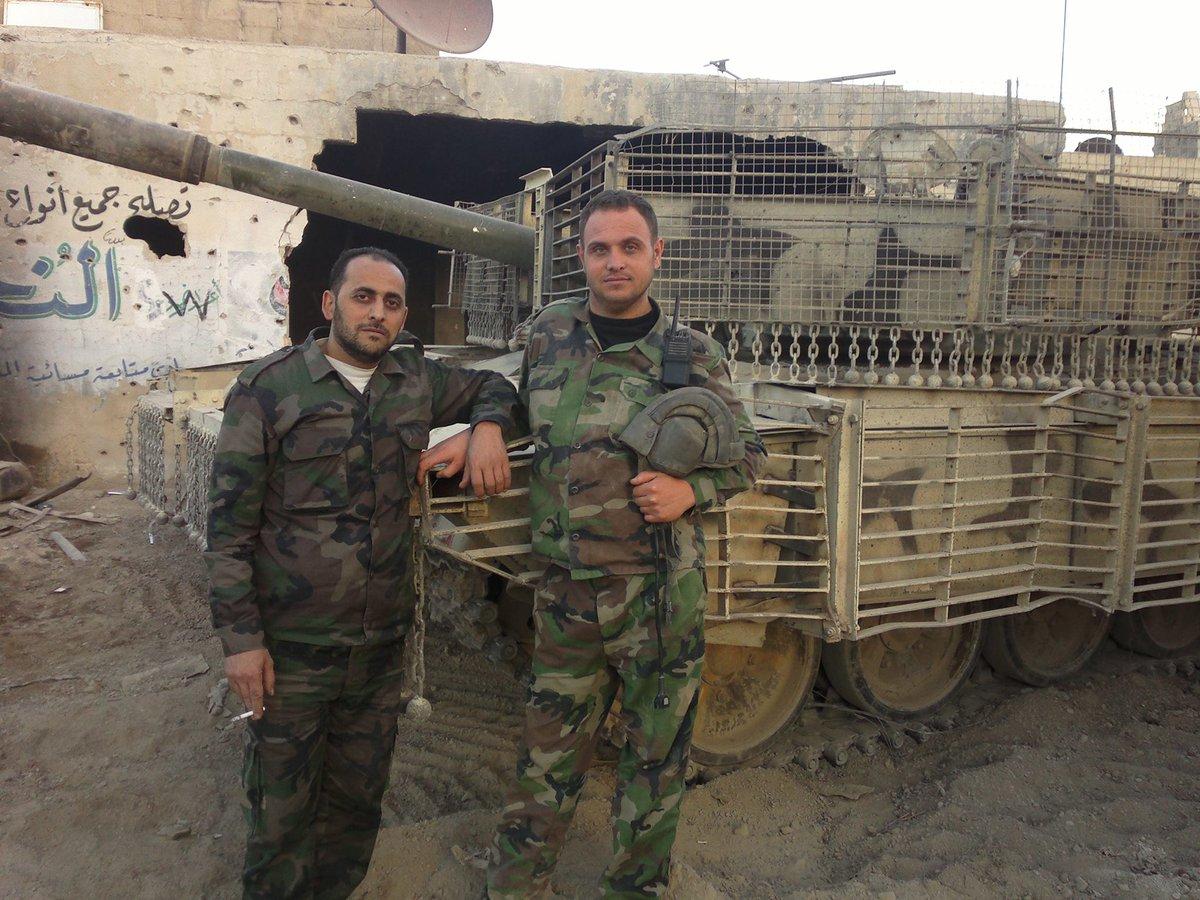 الوحش الفولاذي لدى قوات الجيش السوري .......الدبابه T-72  - صفحة 2 Ce5P3J2W8AIPdga
