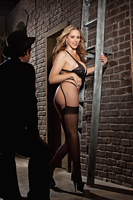 Taking it back to #2014 with the ultimate #Cougar @therealJuliaAnn #ThrowbackThursday #ThighHighs #ThongThursday