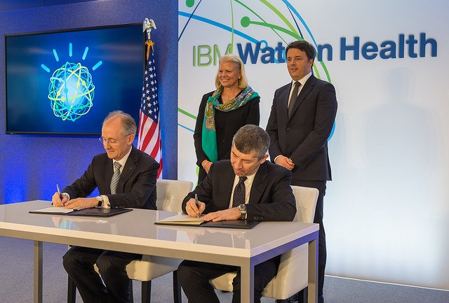 IBM's Ginni Rometty & Italian PM Renzi announce plans to establish Watson Health center in Italy @ibm @IBMWatson https://t.co/Eq9Te1yWOO