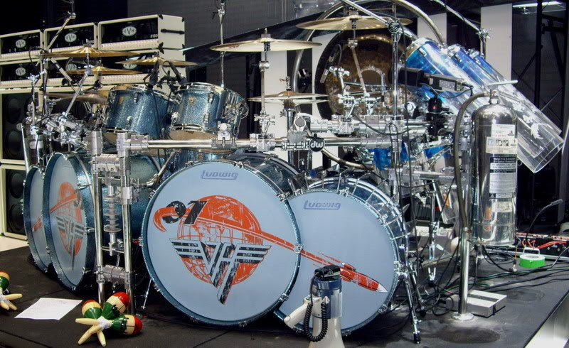 Saint On Twitter Alex Van Halen S Drum Kit 2007 Complete With Fridge Https T Co Tjfkilqkun