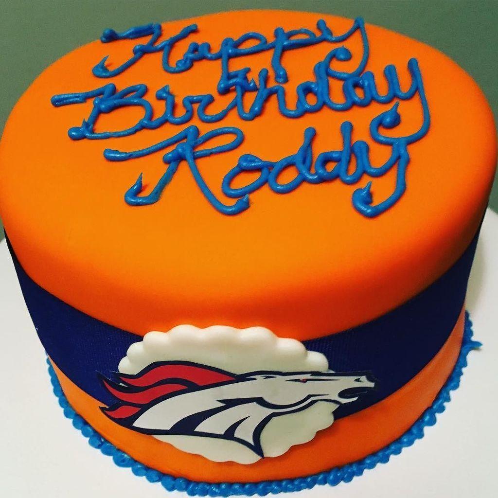 Surprising Broncos Selfie On Twitter Broncos Birthday Cake Broncos Birthday Cards Printable Trancafe Filternl