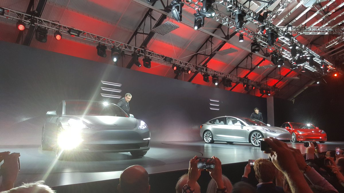 Here it is, the @TeslaMotors Model 3! https://t.co/OzKWvXzNW3